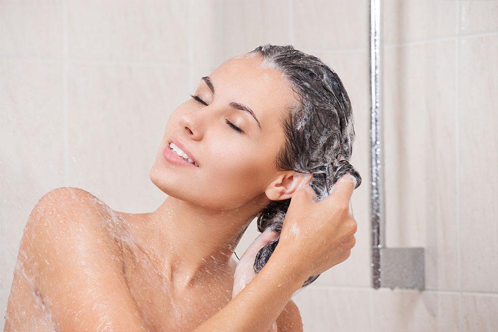 lave-os-cabelos-adequadamente