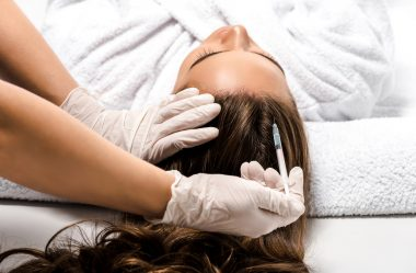 Como tratar oleosidade do couro cabeludo?