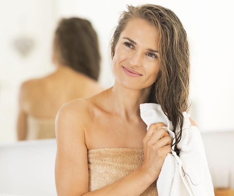 aplicar muito protetor termico deixa o cabelo mais protegido