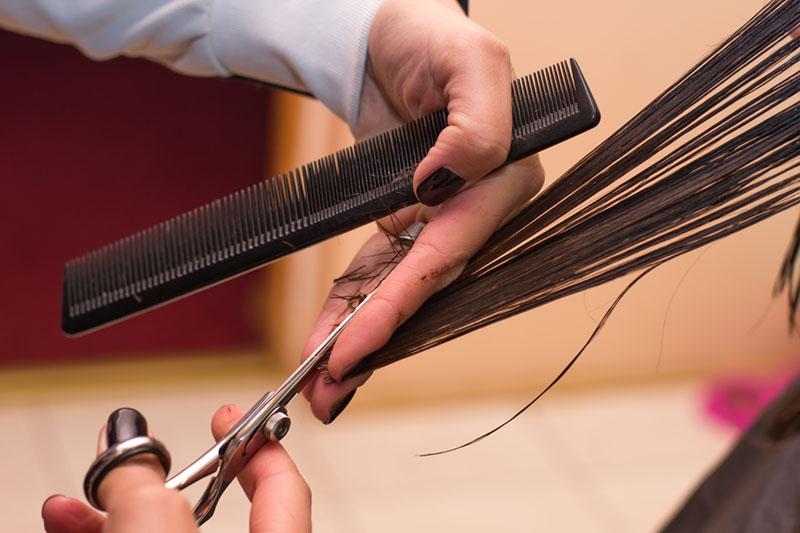 escolha o corte perfeito para cabelos lisos
