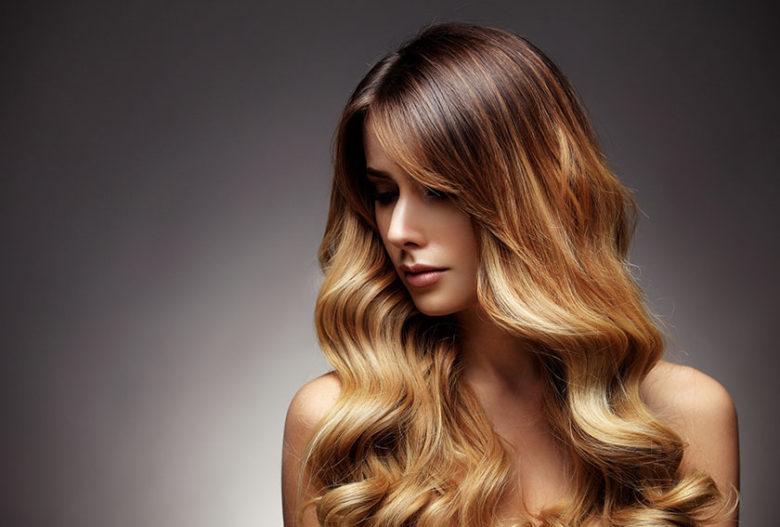 cabelos-coloridos-guia-de-cuidados-para-salao-de-beleza
