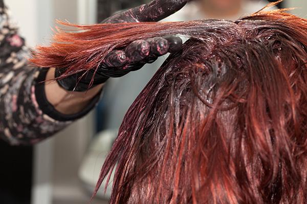 deixar a tinta mais tempo no cabelo