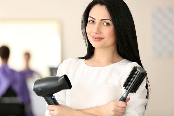 cuidados-cabelos-com-luzes-escolha-um-bom-profissional
