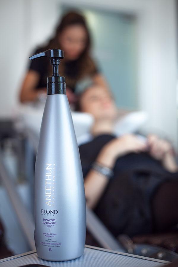 cuidados-cabelos-com-luzes-use-produtos-de-qualidade