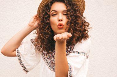 10 dicas para ter um cabelo cacheado lindo e poderoso
