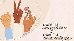 Imagem conceito para o Dia da Mulher, com fundo rosa e o desenho de três mãos. A primeira com o punho fechado, a segunda com apenas dois dedos erguidos, simbolizando o V e a terceira segurando o galho de uma flor