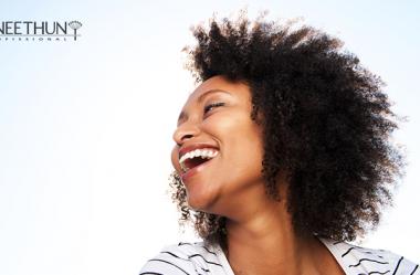 No Dia Mundial do Cabelo Afro, celebre e realce a verdadeira beleza dos fios